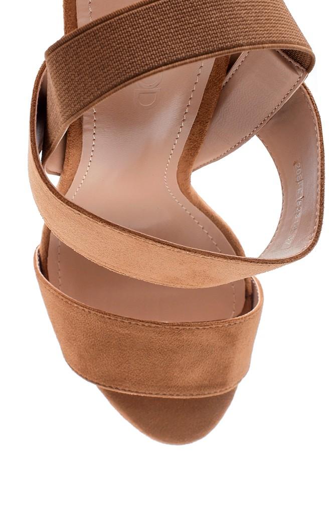 5638137637 Kadın Kalın Topuklu Casual Sandalet
