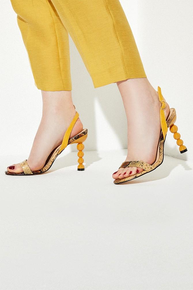 Sarı Kadın Ahşap Misket Topuklu Sandalet 5638258571