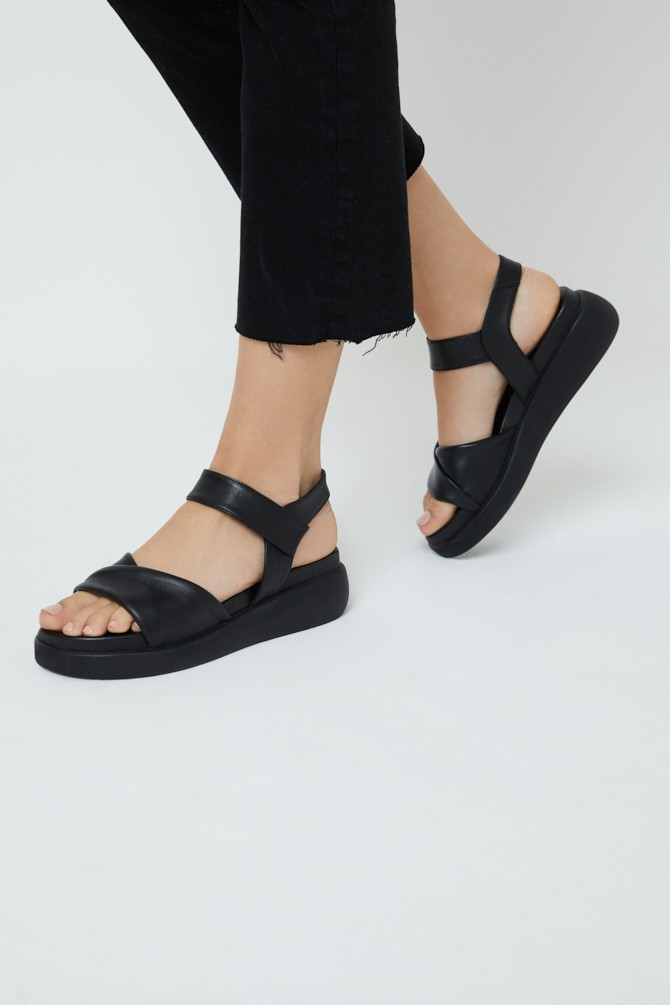 Siyah Kadın Deri Sandalet 5638279346