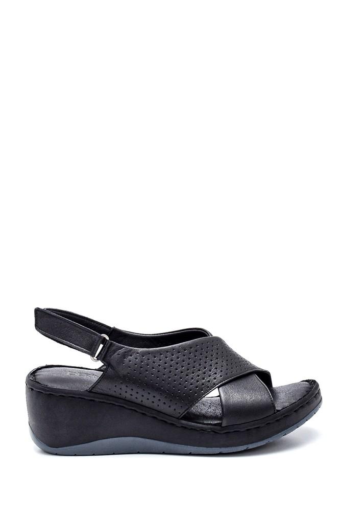 Siyah Kadın Comfort Dolgu Topuk Deri Sandalet 5638273895