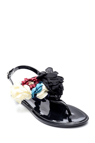 Siyah Kadın Çiçek Aksesuarlı Casual Parmakarası Sandalet 5638272699