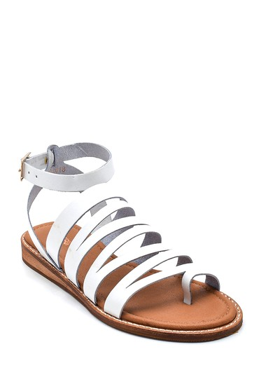 Beyaz Kadın Parmak Arası Detaylı Casual Deri Sandalet 5638261954