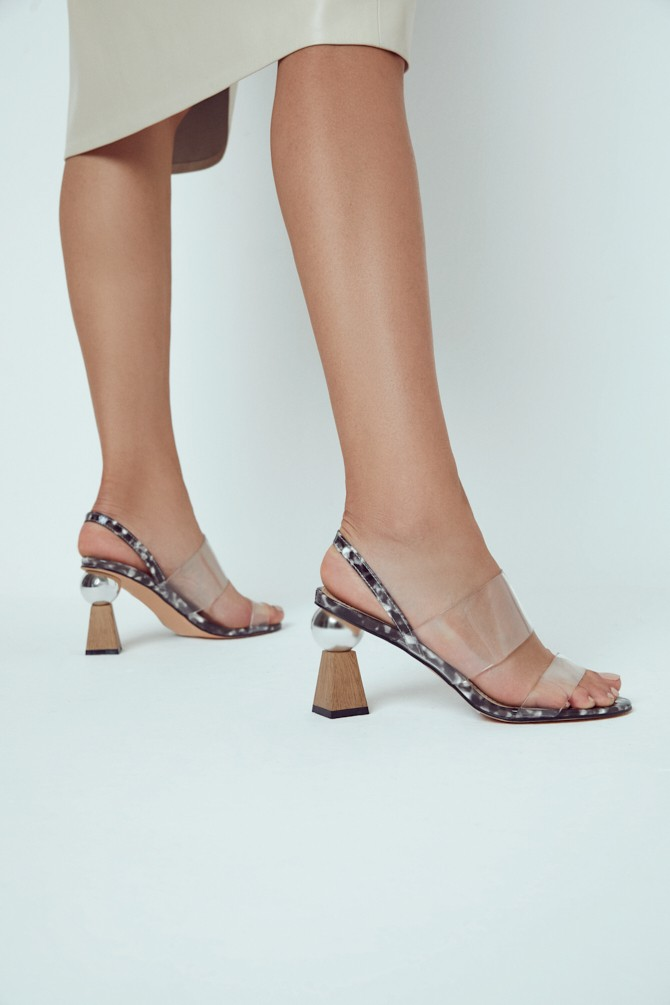 Siyah Kadın Şeffaf Bantlı Topuklu Sandalet 5638258474