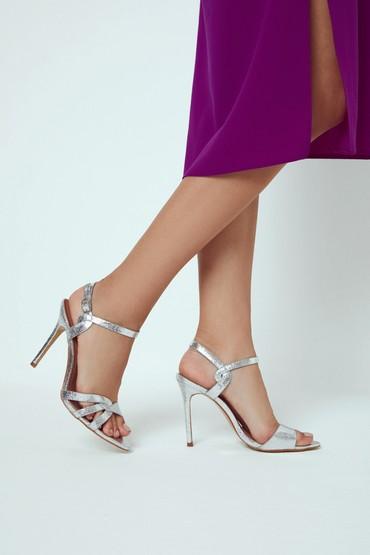 Gümüş Kadın Yüksek Topuklu Sandalet 5638263640