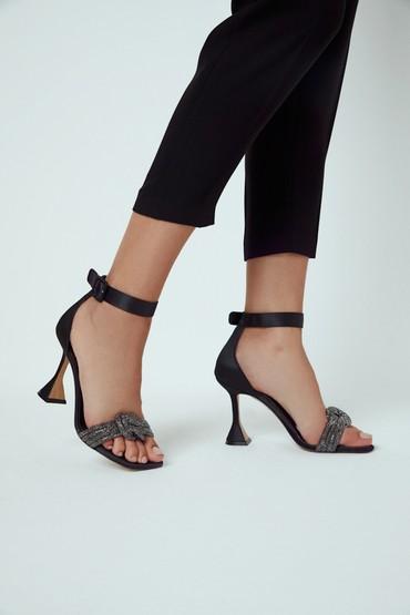 Siyah Kadın Topuklu Deri Sandalet 5638287065