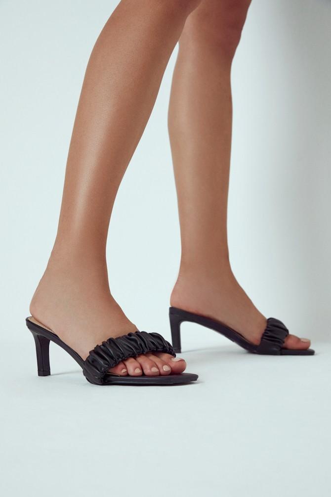Siyah Kadın Casual Topuklu Terlik 5638258899