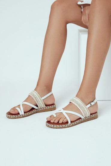 Beyaz Kadın Parmak Arası Sandalet 5638262372