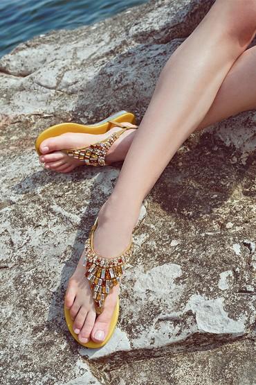 Sarı Kadın Taş Detaylı Renkli Sandalet 5638267249