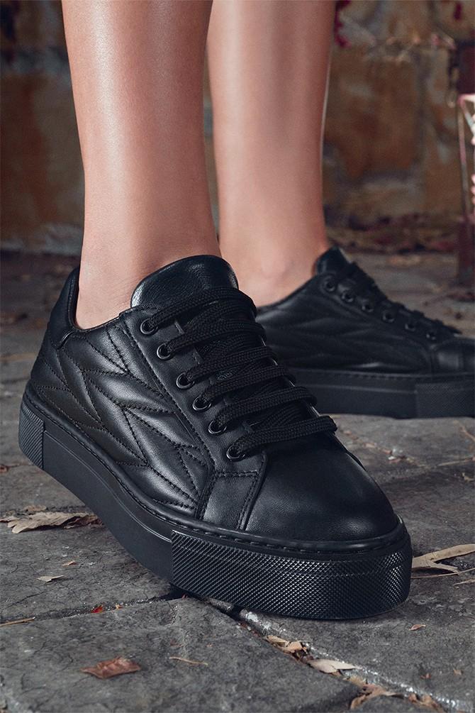Siyah Kadın Deri Desenli Sneaker 5638344658