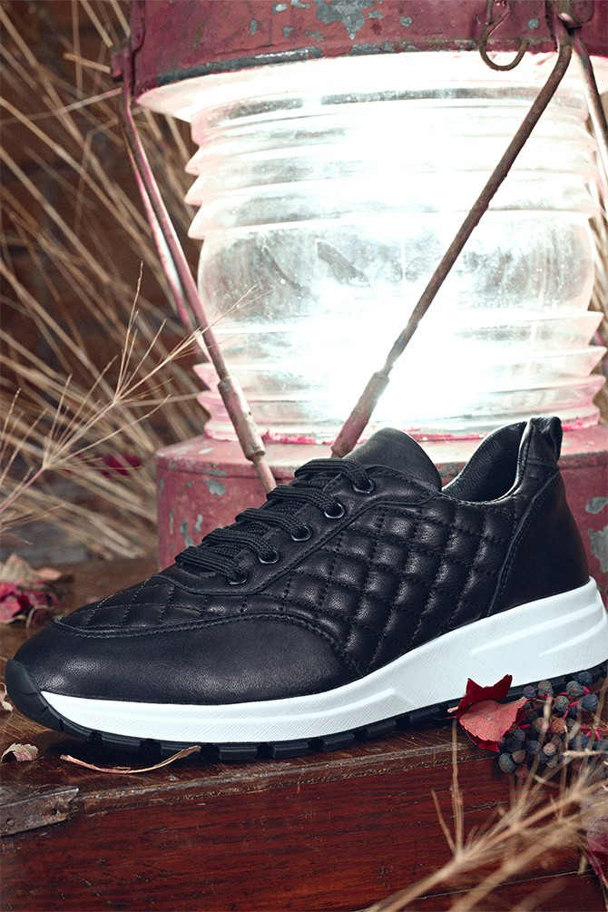 Siyah Kadın Deri Kapitone Sneaker 5638344707