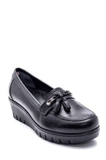 Siyah Kadın Deri Fiyonklu Ayakkabı 5638306111